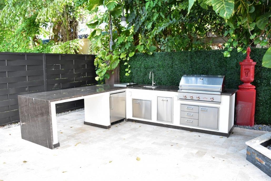 Delta Heat Outdoor Kitchen