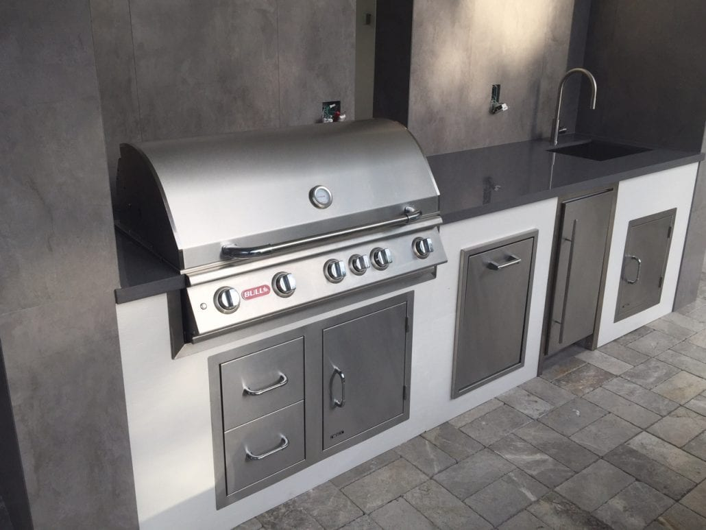 Products Featured In This Outdoor Kitchen