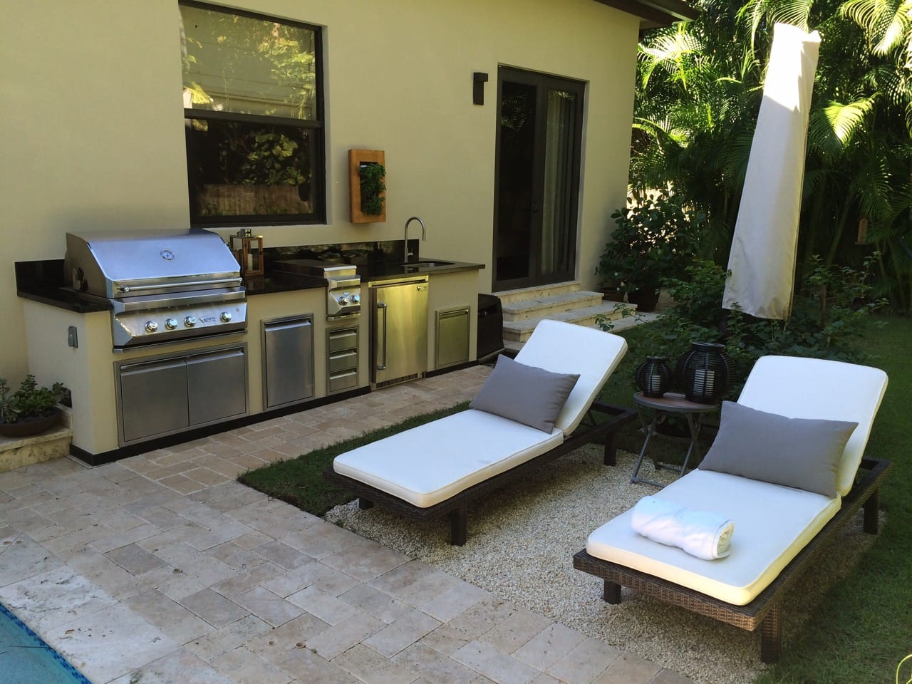 Outdoor kitchen appliances home design ideas - Outdoor kitchen appliances ...
