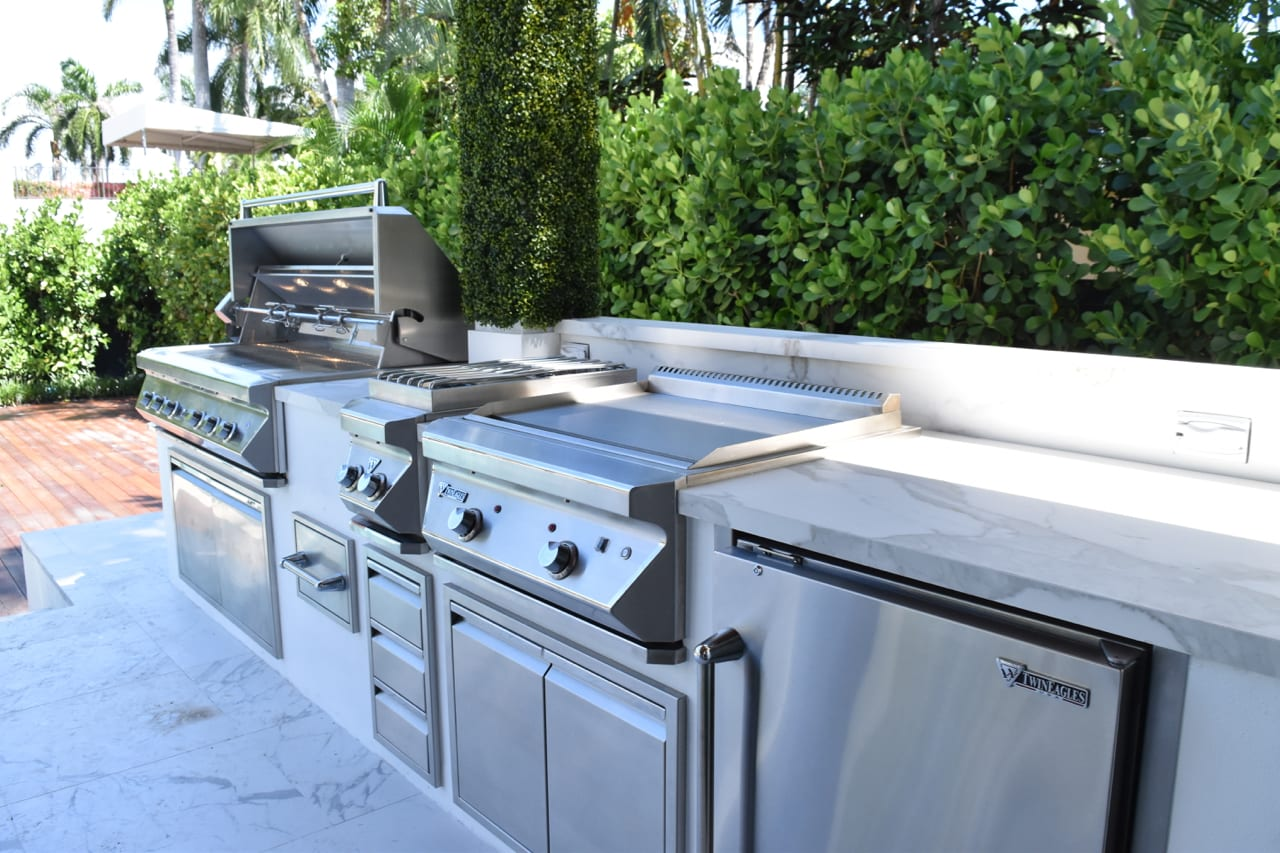 twin-eagles-outdoor-kitchen-5 - Luxapatio