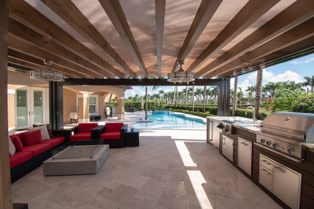 Custom Outdoor Living space in Southwest Miami - Luxapatio on Custom Outdoor Living Spaces id=68123